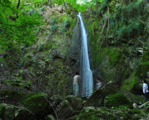 آبشار باقر آباد